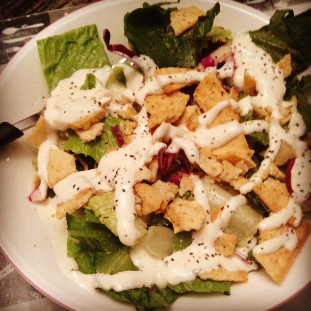 Mixed Field Greens & Berries Salad